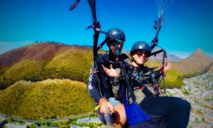 Ode: Tandem paragliding, Freedom Day 2015, Cape Town