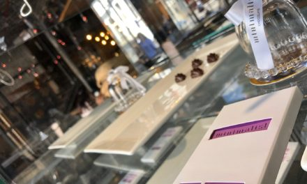 Chocolate review:  Minimalist Chocolate, made in Cape Town